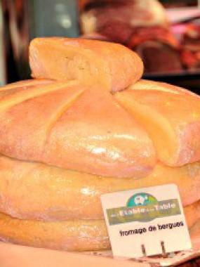 Fromage de Bergues de la ferme Top à Pitgam